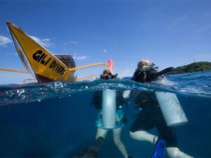 Divers-and-dive-boat-Gili-Divers