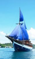 Sea-Safari-8-Indonesia-dive-boat