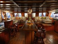 lounge saloon luxury Burma liveaboard The Phinisi