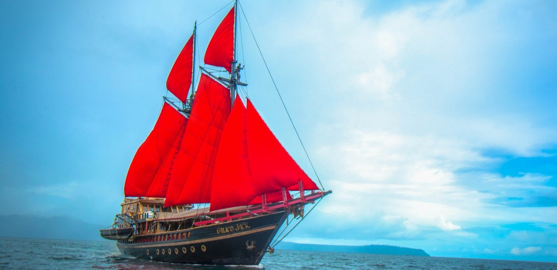 Calico Jack Liveaboard Indonesia