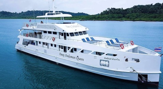 Deep Andaman Queen Liveaboard Dive Boat Similans